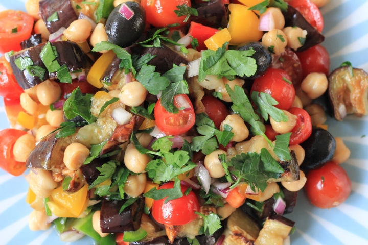 Aubergine salad with chickpeas and olives
